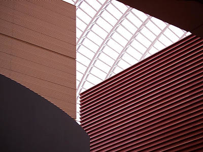 Abstract Photograph - Kimmel Center Geometry by Rona Black