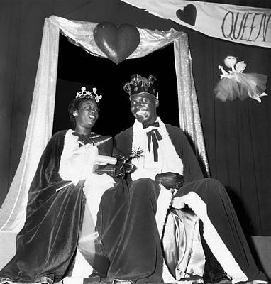 Negro Photograph - King And Queen Of Hearts by Underwood Archives