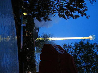 Screams Photograph - Kings Dominion - Drop Tower - 12124 by DC Photographer