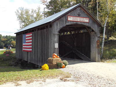 Vermont Country Store Photograph - Kissing Bridge 2 by Catherine Gagne
