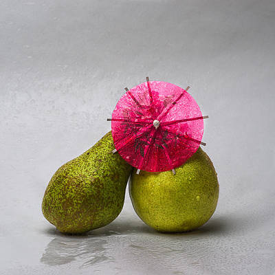 Outdoor Still Life Photograph - Kissing In The Rain 2 by Alexander Senin
