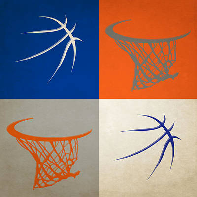 Knicks Ball And Hoop Print by Joe Hamilton