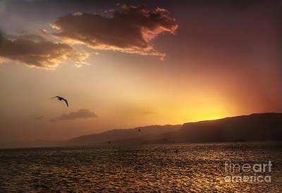 Lake Mead Sunrise Print by Robert Bales