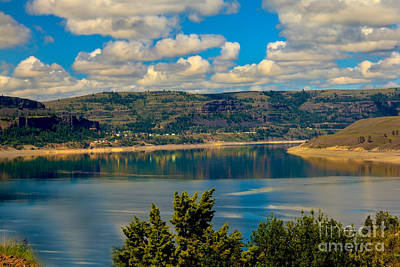 Walleye Photograph - Lake Roosevelt by Robert Bales