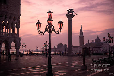 Lamppost Of Venice Print by Prints of Italy