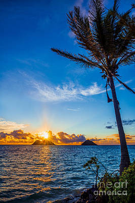 Sunrise Photograph - Lanikai Beach Sunrise Over The Mokes by Eric Evans