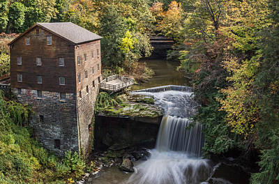 Old Mill Scenes Photograph - Lantermans Mill by Dale Kincaid
