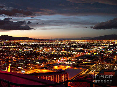 Addie Hocynec Art Photograph - Las Vegas Sunset by Addie Hocynec