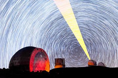 Keck Photograph - Lasers And The Spinning Sky Above Mauna Kea by Jason Chu