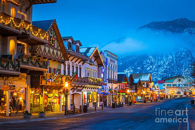 Bavarian Photograph - Leavenworth Skyline by Inge Johnsson