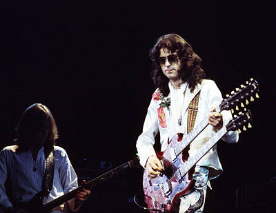 Led Zeppelin Photograph - Led Zeppelin Jimmy Page 1977 by Chris Walter