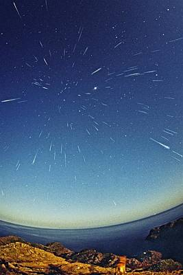 Leonids Meteor Shower Print by Juan Carlos Casado (starryearth.com)