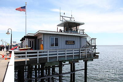 Santa Cruz Pier Photograph - Lifeguard Headquarters On The Municipal Wharf At Santa Cruz Beach Boardwalk California 5d23828 by Wingsdomain Art and Photography