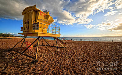 Shack Photograph - Lifeguard Off Duty Maui Hawaii by Edward Fielding