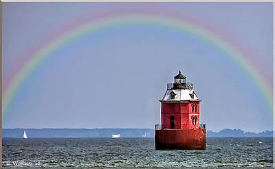 Lighthouse On The Bay Print by Brian Wallace