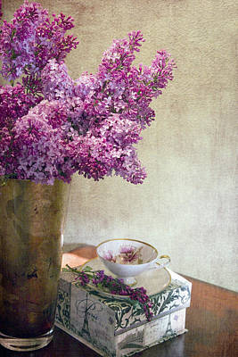Lilac Photograph - Lilacs In Vase 3 by Rebecca Cozart