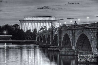 Lincoln Memorial And Arlington Memorial Bridge At Dawn II Print by Clarence Holmes