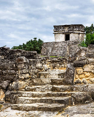 Mayan Photograph - Little Mayan Temple At Tulum by Mark E Tisdale