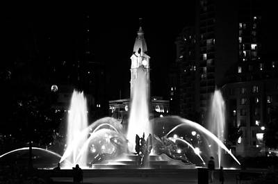 Logan Square Fountain At Night In Black And White Print by Bill Cannon