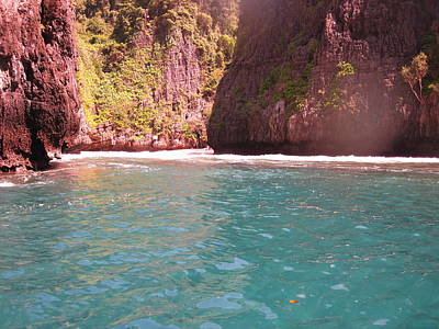 Sun Photograph - Long Boat Tour - Phi Phi Island - 0113147 by DC Photographer