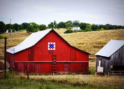 Loose Creek Quilt Barn Print by Cricket Hackmann