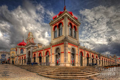 Nigel Hamer Photograph - Loule's Market by English Landscapes