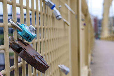 Clemente Photograph - Love Locks Pittsburgh Pa Bridge by Terry DeLuco