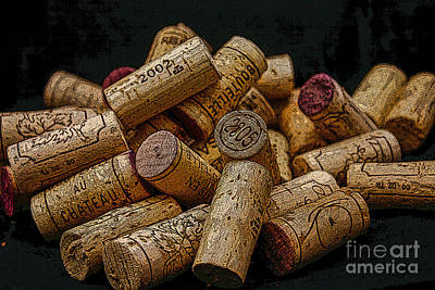 Loving Wine Print by Patricia Hofmeester