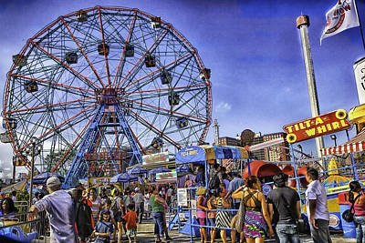 Luna Park Photograph - Luna Park 2013 - Coney Island - Brooklyn - New York by Madeline Ellis