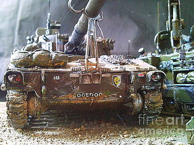 M109 Original by Richard John Holden RA