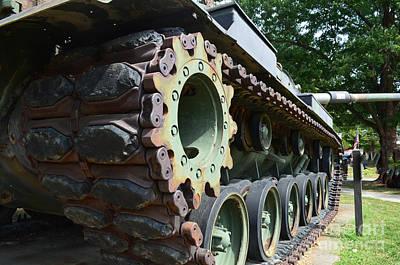 M60 Patton Artillery Tank Tread Print by Luther   Fine Art