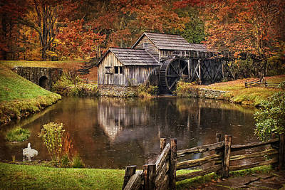 Old Mill Scenes Photograph - Mabry Mill by Priscilla Burgers