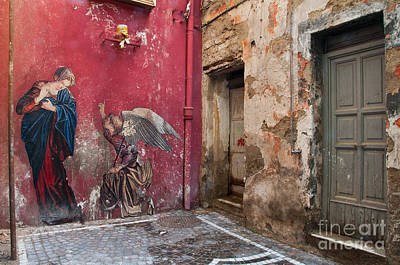 Religious Art Photograph - Madonna Of The Alley by Marion Galt
