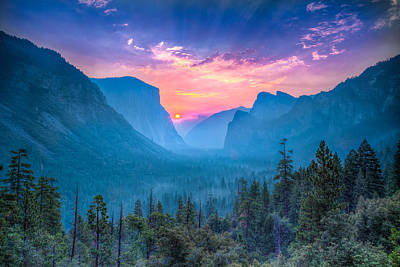 Cathedral Rock Photograph - Magical Wonderland by Mike Lee