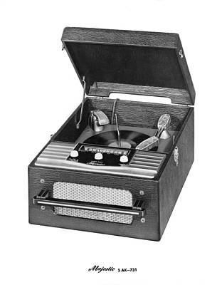 Single Object Photograph - Majestic Radio And Phonograph by Underwood Archives