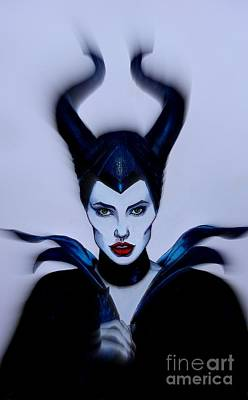 Justin Moore Drawing - Maleficent Focused by Justin Moore