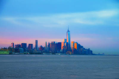 Nyc Digital Art - Manhattan In The Morning by Bill Cannon