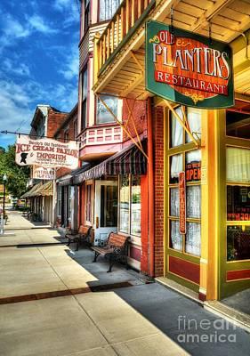 Becky Photograph - Mark Twain's Town by Mel Steinhauer