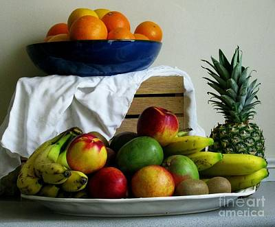 Fruit Photograph - Market Day 5 by Margaret Newcomb