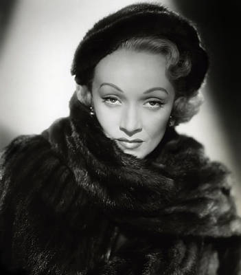 Songstress Digital Art - Marlene Dietrich by Daniel Hagerman