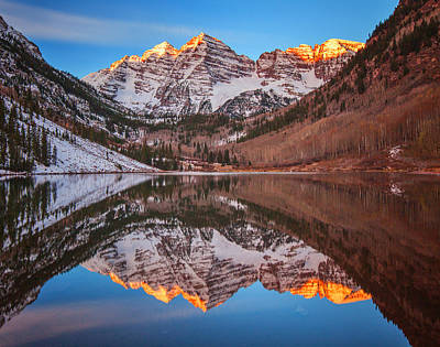 Maroon Bells Alpenglow Print by Darren  White