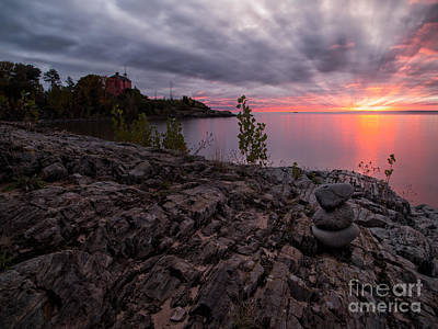 Marquette Harbor Lighthouse Print by Todd Bielby