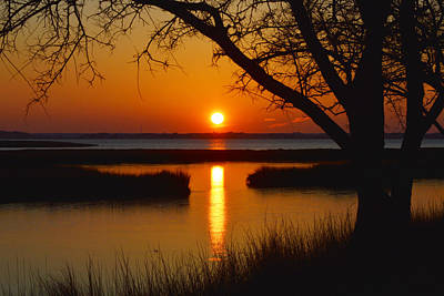 Ocean City Sunset At Old Landing Road Print by Bill Swartwout