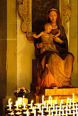 Statue Portrait Photograph - Mary And Baby Jesus by Syed Aqueel