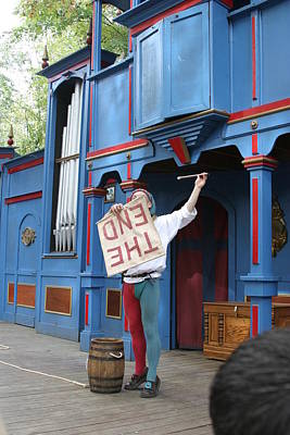 English Photograph - Maryland Renaissance Festival - A Fool Named O - 121259 by DC Photographer