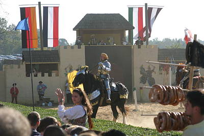 Knight Photograph - Maryland Renaissance Festival - Jousting And Sword Fighting - 1212133 by DC Photographer