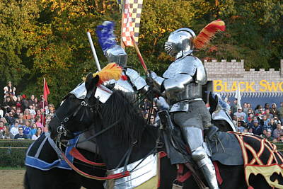 Artists Photograph - Maryland Renaissance Festival - Jousting And Sword Fighting - 121245 by DC Photographer
