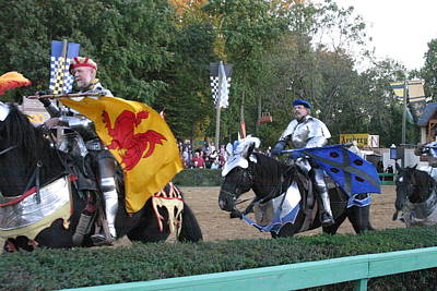 Maryland Renaissance Festival - Jousting And Sword Fighting - 121260 Print by DC Photographer