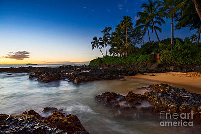 Maui Cove - Beautiful And Secluded Secret Beach. Print by Jamie Pham