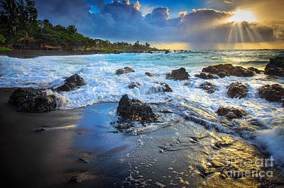 Pebble Photograph - Maui Dawn by Inge Johnsson